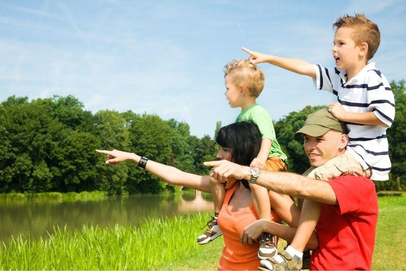 viajar con niños camping huesca